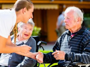 how to become qualified in aged care